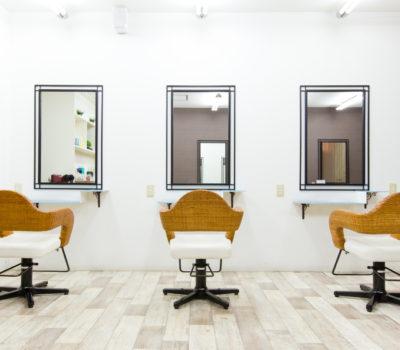 美容室ハナミズキは熊毛郡平生町、光市、柳井市の美容院です。カットからカラーリング、縮毛矯正などさまざまなメニューでお待ちしております。